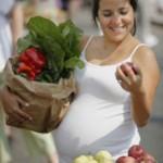 Что полезно есть беременным, а что вредно?