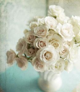 Как хранить розы в вазе