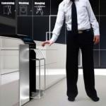 Как стирать брюки из разных тканей