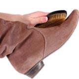 Чистка замшевой обуви в домашних условиях
