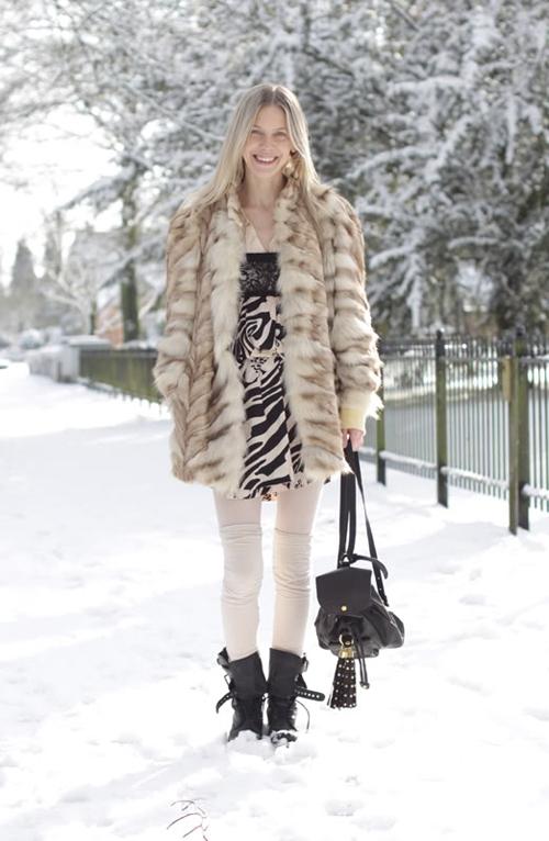 Белые теплые колготки с чем носить