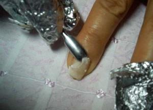 как в домашних условиях снять нарощенные ногти