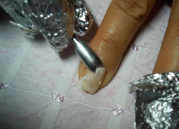 Снятие нарощенных ногтей в домашних условиях