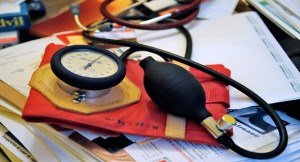 Где в Москве получают медицинские полисы?