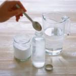 Как делать подмывание содой?