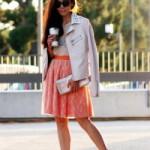 Что носить с оранжевой юбкой: основные рекомендации