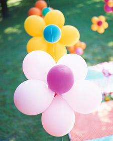 Как сделать цветы из шаров