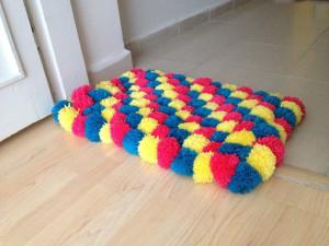 мягкие игрушки из помпонов