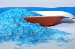 чем полезна солевая ванна