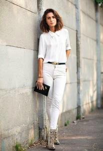 рубашка белого цвета фото