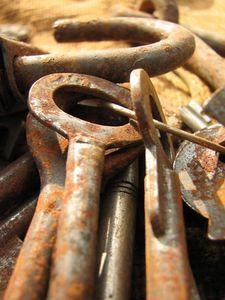 Как очистить ржавчину с металла