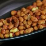 Чистим арахис от шелухи правильно