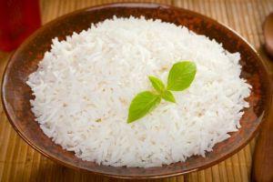 Сколько варить пропаренный рис на плите, а также в мультиварке, пароварке и микроволновке